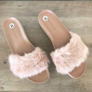 Donald Pliner • Blush Rabbit Fur Platform Slides
